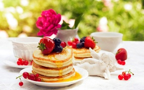 Picture flower, coffee, food, blueberries, strawberry, pancakes, flower, currants, food, coffee, pancakes, pancakes, blueberries, strawberries, currants