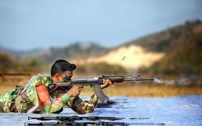 Picture weapons, soldiers, Bangladesh Army