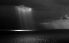 Picture sea, the sky, clouds, rays, light, black and white