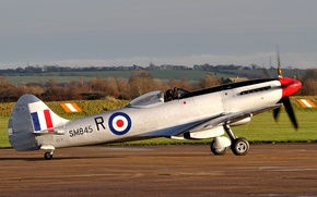 Picture field, fighter, the plane, the airfield, the rise, British, WW2, single, Spitfire FR.XVIIIe