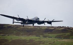 Picture bomber, Avro 683 Lancaster, Avro 683 Lancaster