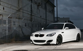 Wallpaper white, the fence, BMW, BMW, white, grille, barbed wire, E60