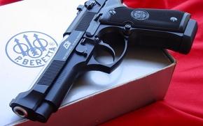 Picture gun, packing box, Beretta