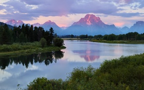 Picture forest, mountains, river, morning