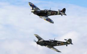 Picture war, dogfight, Supermarine-Spitfire-Mk-Vc, Messerschmitt-Bf-109-E-3
