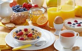 Picture mug, milk, cookies, juice, blueberries, buns, jug, spoon, strawberry, tea, drink, muesli, Apple, orange, lemons, ...