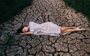 Picture grass, girl, cracked, pose, sweetheart, portrait, track, lies, photographer, pretty, Catherine Vilanova
