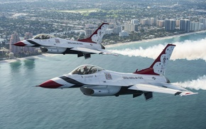 Picture flight, the city, fighters, F-16, Thunderbird
