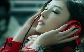 Picture girl, headphones, Asian