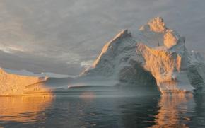 Picture the ocean, iceberg, floe, Greenland, Greenland