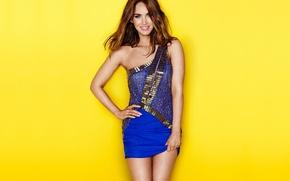 Wallpaper yellow, Megan Fox, Megan Fox, smile, background, model, actress, brunette, legs, sexy, beauty, yellow, smile