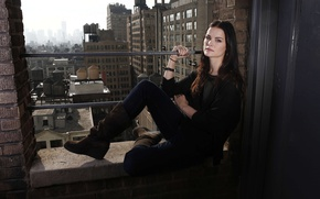 Picture look, city, the city, pose, background, wall, model, view, ring, actress, brunette, bracelet, wall, background, …