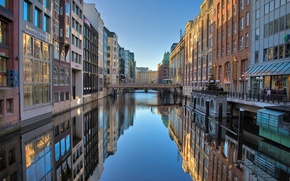 Picture sunset, river, Windows, building, home, the evening, The city, Germany, channel, cafe, Hamburg