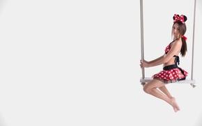 Picture swing, brunette, beautiful, Michaela Isizzu, Kalena
