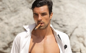 Picture look, cigar, shirt, brunette, dark
