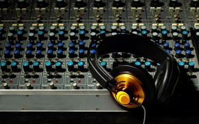 Picture music, music, headphones, sound, remote, party, mixer, DJ, the volume, Studio, entry