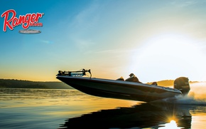 Picture the sky, water, shore, motor, boat, Ranger