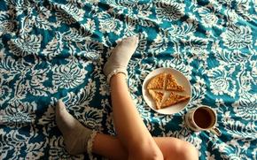 Picture tea, pie, legs, socks