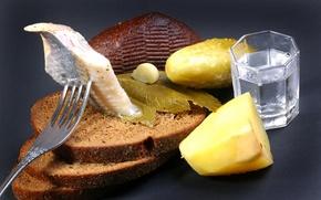 Picture glass, bread, vodka, herring, black, cucumber