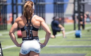 Picture pose, back, female, Crossfit games