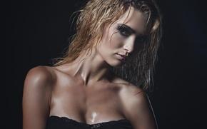 Picture look, girl, sexy, neckline, the temptation, photographer, wet, face, Julia Sariy