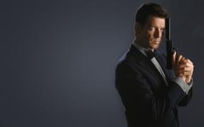 Picture gun, 007, james bond, Pierce Brosnan, Pierce Brosnan, James bond