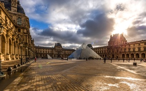 Picture the sky, clouds, France, Paris, The Louvre, yard, lights, Museum, Royal Palace, glass pyramid