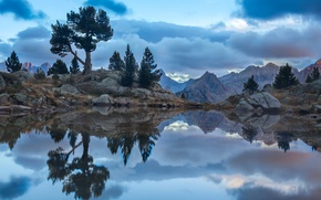 Picture the sky, mountains, clouds, lake, reflection, stones, rocks