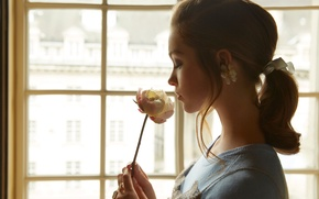Picture girl, rose, actress, window, hairstyle, Sophie Cookson, Sophie Cookson, Wylde, Nicole Nodland