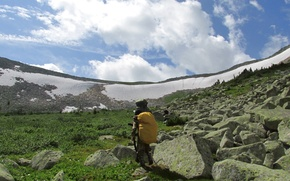 Picture the sky, snow, mountains, stones, hike, pass