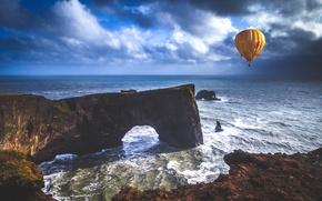 Picture the ocean, rocks, ball, air, ballooning, photo, photographer, Andrés Nieto Porras