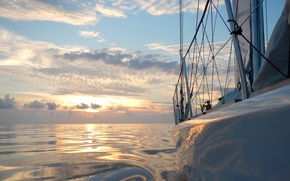 Picture sea, the sun, the way, yacht