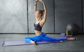 Picture blonde, pose, workout, yoga, elongation