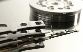 Wallpaper magnetic disk, rocker, spindle