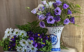 Picture purple, bouquet, fabric, vase, fern, irises, chrysanthemum, eustoma