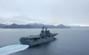 Picture mountains, ship, US NAVY, Amphibious assault, USS Makin Island LHD8