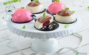 Picture dessert, cakes, cuts