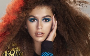 Picture model, makeup, Kaia Gerber, Marc Jacobs beauty spring