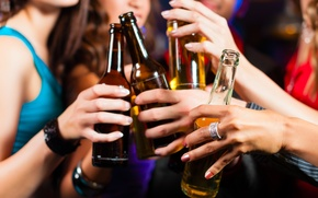 Picture women, beer, bottles, chat