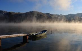 Picture fog, lake, boat, morning