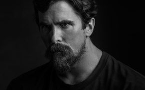 Picture portrait, Christian Bale, New York, beard, black and white, photo, t-shirt, actor, journal, black background, ...
