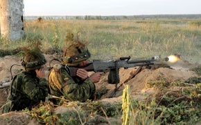 Picture weapons, soldiers, Lithuanian Army