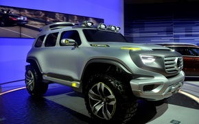 Picture environmentally friendly car of the future, unique design, super-SUV, Mercedes-Benz Ener-G-Force