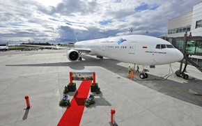 Wallpaper terminal, apron, Indonesia, sky, engine, passenger, clouds, wings, engine, Boeing, 777, red, weather, aircraft, the ...
