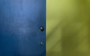 Picture castle, color, the door