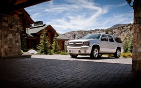 Picture the sky, Chevrolet, chevrolet, Chevy, 2013, suburban