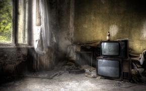 Wallpaper room, bottle, TV