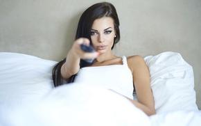 Wallpaper sexy, brunette, look, remote control
