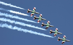 """Picture group, Airshow, Flight, The Italian air force, Aermacchi MB-339, """"Frecce tricolor"""""""