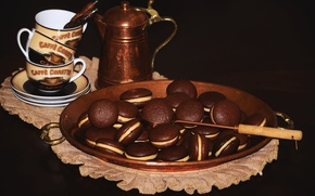 Picture kettle, cookies, cakes